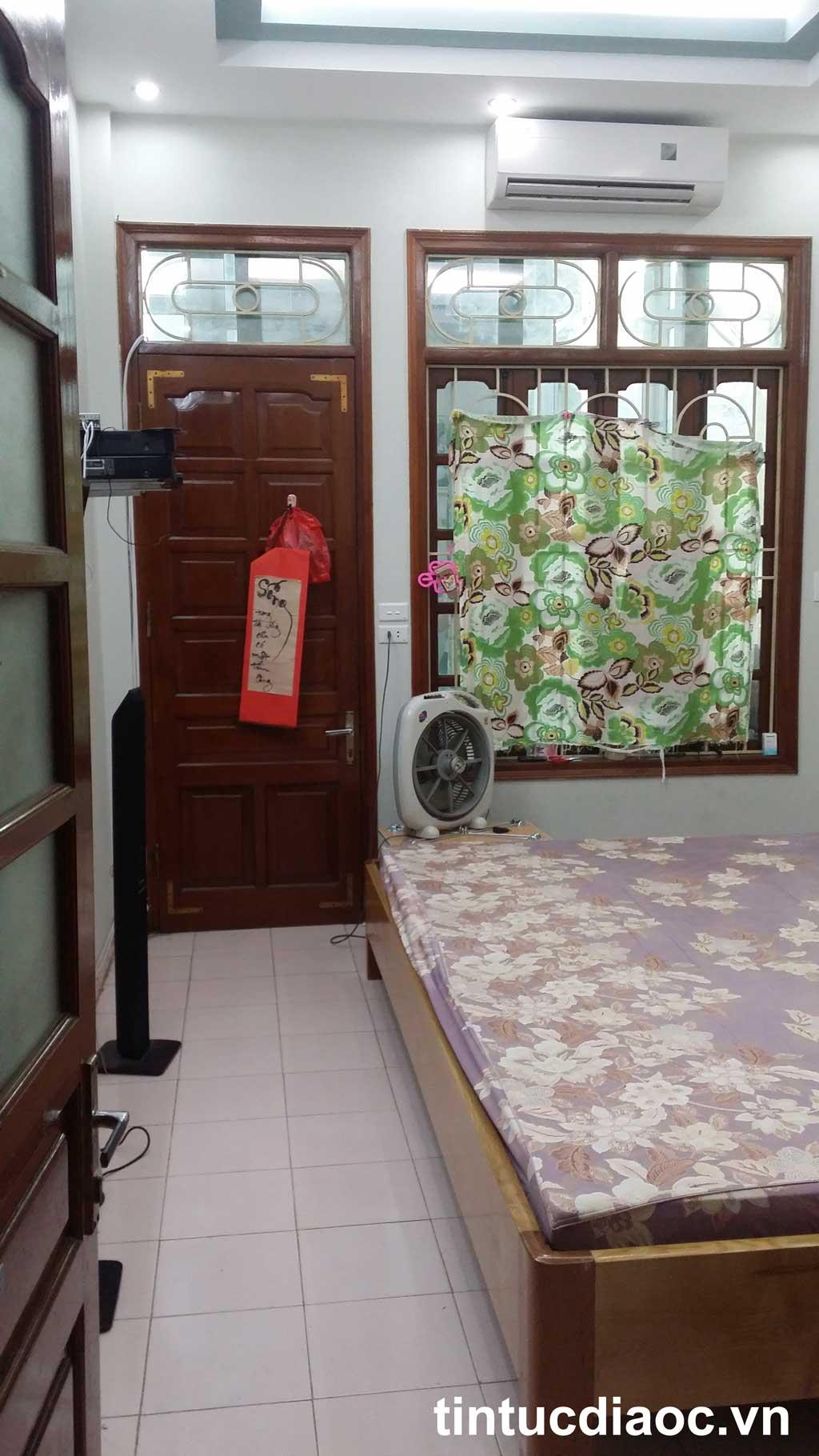 Phòng ngủ nhà Tân Mai